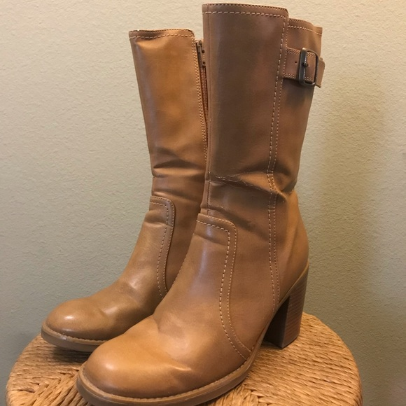 LOWER EAST SIDE Shoes - Light Tan leather chunk healed boots